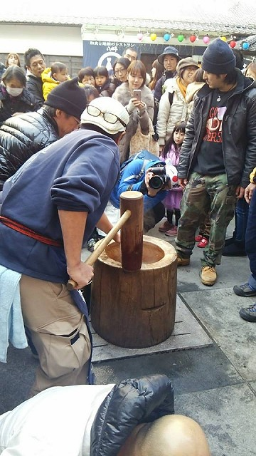 http://www.kawagoe.com/ichige/decor-blog/10922128_10206166001697343_1116625995_n.jpg